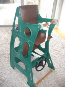 Hokus Pokus Highchair - Upright old green and brown